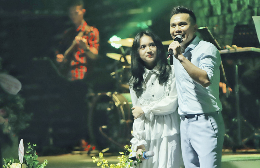 Tú Dưa và 2 con gái cover bản hit của Sơn Tùng M-TP