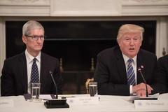 'Trung Quốc thiệt hại nặng nhất nếu áp thuế iPhone'
