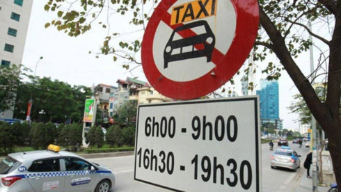 Rush hour ban for taxis on several Hanoi streets