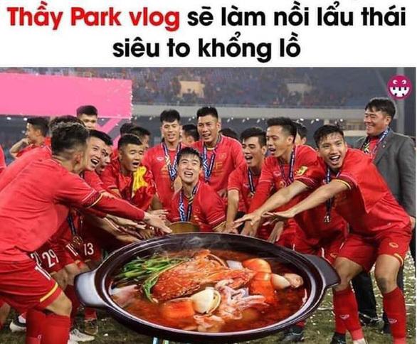 Dân mạng chế ảnh 'cực lầy' mừng chiến thắng tuyển Việt Nam