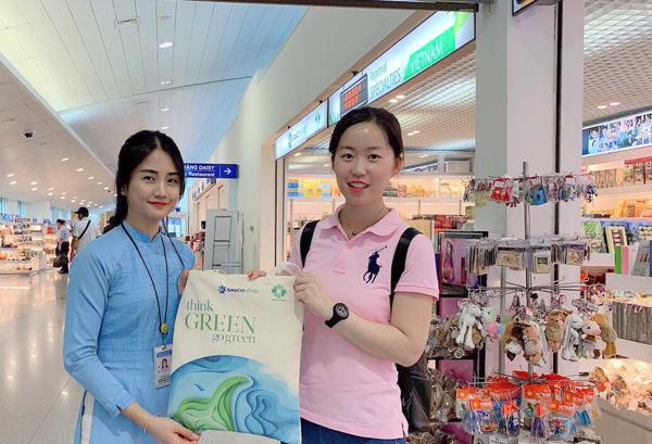 Tiêu dùng xanh, nhận túi vải thân thiện môi trường