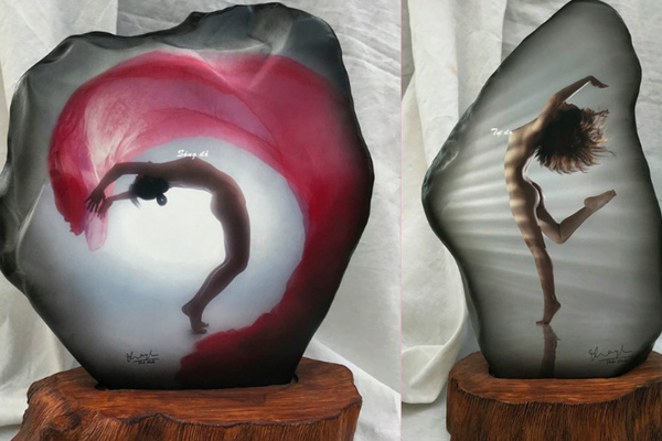 Bộ ảnh nude đặc biệt in lên đá có một không hai