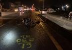 Xe máy chạy 'nhầm' đường ô tô, 1 người chết, 1 người bị thương