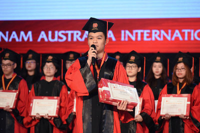 17 học sinh VAS giành học bổng du học giá trị
