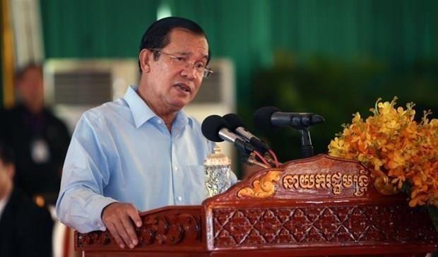 Cambodian PM criticizes Singaporean PM's remarks on Vietnam