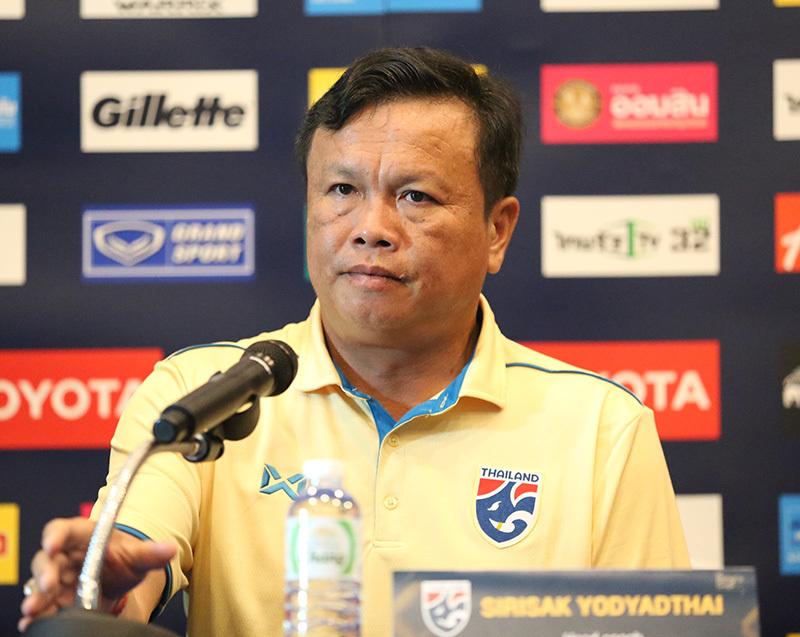 HLV Thái Lan: 'Đừng nhắc tới thất bại trước Việt Nam nữa'