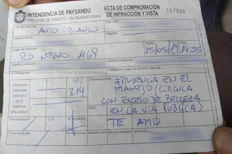Uruguay,cảnh sát giao thông,vé phạt,vi phạm luật giao thông