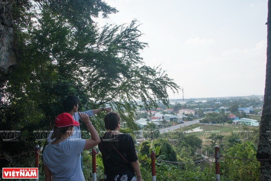 Thach Dong - popular tourist destination in Kien Giang