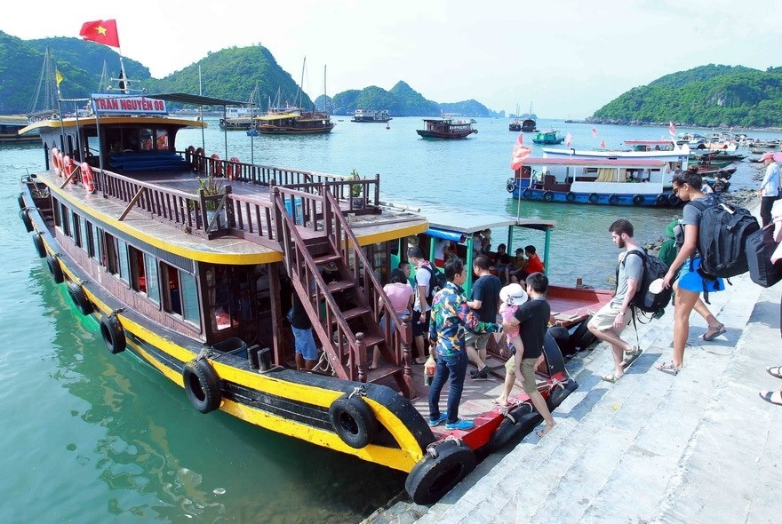 Vietnam boosts marine economic development