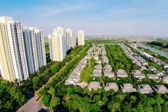 Tightening credit for luxury home purchases might rock realty market: experts