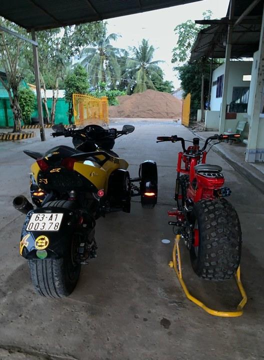 siêu mô tô ba bánh,mô tô độ,mô tô Can-Am Spyder,dân chơi xe