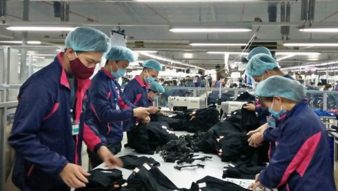 Giants make inroads into Vietnam's intermediary payment service