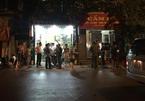 Nữ chủ tiệm cầm đồ bị đâm trọng thương, bắt làm con tin ở Hà Nội