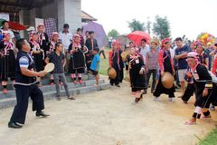 Diverse summer activities for children at Hanoi's ethnic culture village