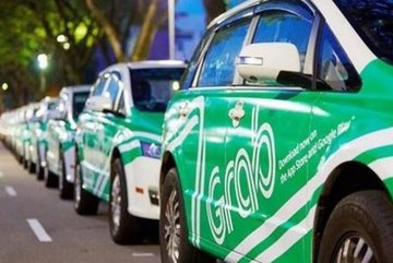 Vietnam's transport ministry views ride-hailing firms as taxis