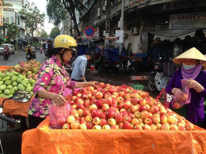 Cây mít kỳ lạ nhất Việt Nam, hàng ngàn người đổ về Bến Tre xem