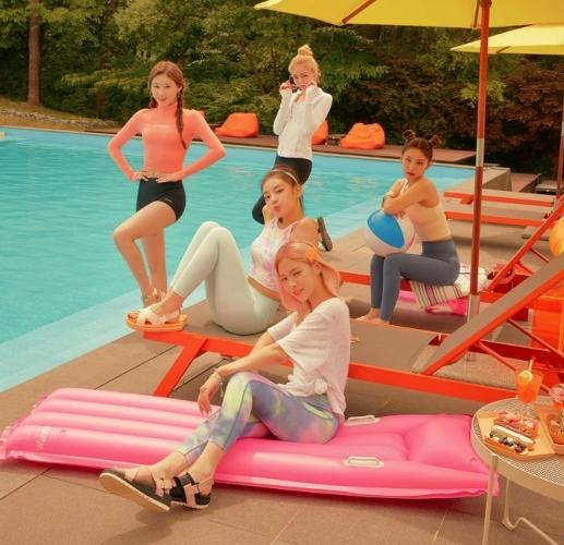 Sao Hàn,Dara,Kim Samuel,ITZY,TWICE,Kim Jaejoong,Seo Sung Hyuk,RAINZ,BLACKPINK,Jonas Brother,IZ*ONE,Hyomin