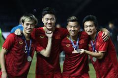 Tuyển Việt Nam được thưởng nóng, giữ hạng 15 châu Á