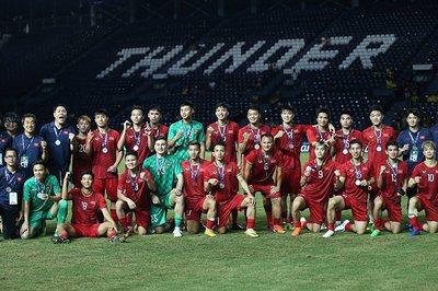 Công Phượng đá hỏng 11m, Việt Nam hụt chức vô địch King's Cup