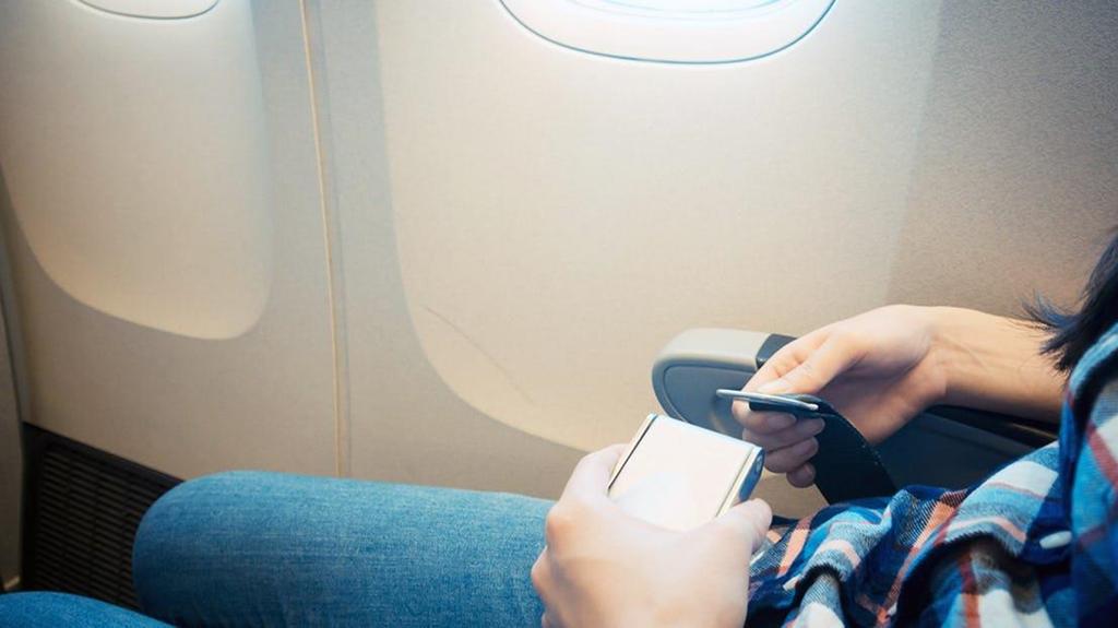 máy bay,tiếp viên hàng không,bí mật hàng không