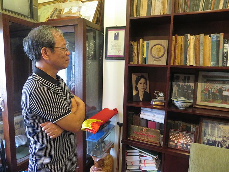 Cuốn sổ tang Bác Hồ của cố Bộ trưởng Tạ Quang Bửu - Ảnh 1