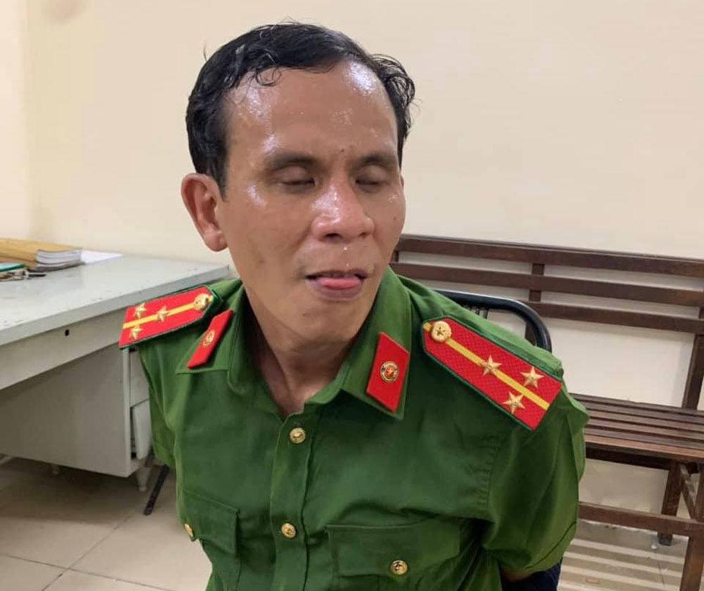 Nguời đàn ông giả danh thượng uý Công an chuyên trộm xe ở siêu thị Sài Gòn