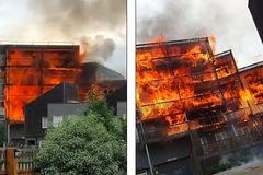 Cháy dữ dội ở London, cả trăm lính cứu hỏa được huy động