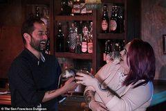 Chi tiền triệu để uống cocktail cùng… chuột cống