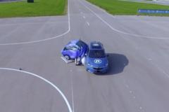 Túi khí bên ngoài xe hoạt động như thế nào?