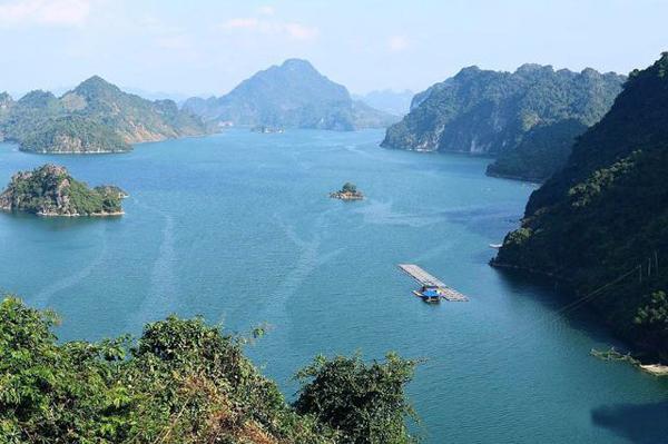 Thành phố Hòa Bình: Phát triển sản phẩm du lịch đặc thù