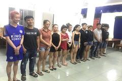 Ổ nhóm giả gái mại dâm lừa khách làng chơi trộm 1 tỷ ở Sài Gòn