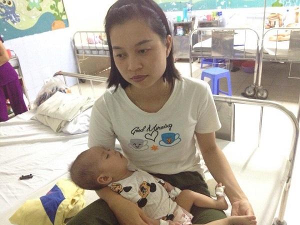 Bé gái 9 tháng tuổi cần 120 triệu đồng để mổ tim gấp