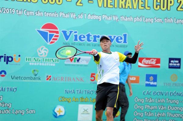 Tuan, Nguyen win Viettravel Cup titles
