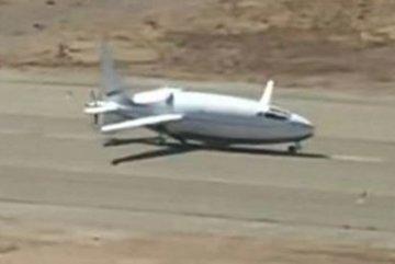 Hé lộ hình ảnh máy bay 'viên đạn' tối mật của Mỹ