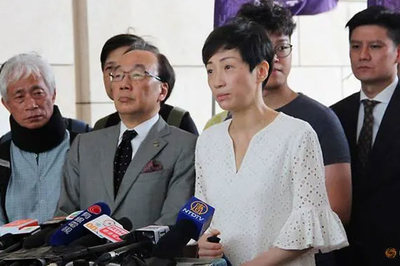 Nhà hoạt động 'dù vàng' Hong Kong lĩnh án treo