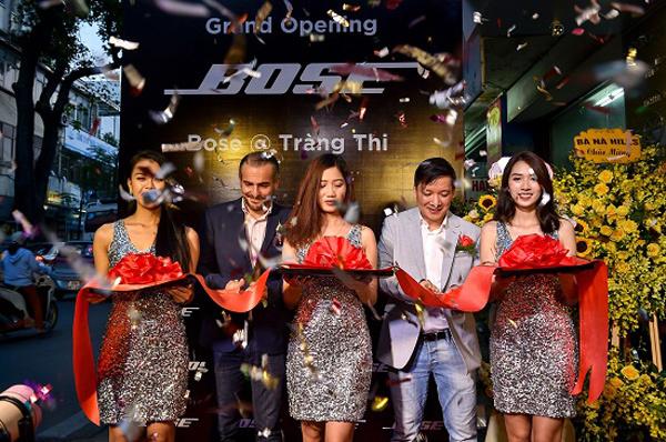 Bose Store lớn nhất Việt Nam khai trương ở Hà Nội