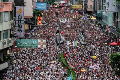 Hong Kong quyết thông qua dự luật gây tranh cãi