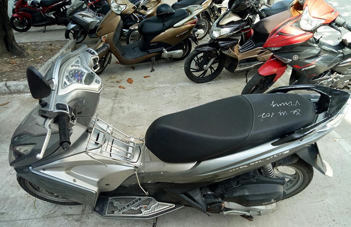 Bắt băng nhóm bẻ khóa hàng loạt xe máy ở Đà Nẵng