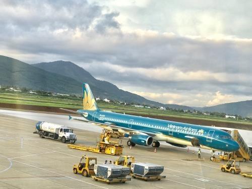 Vietnam Airlines revises down revenue goals for 2019