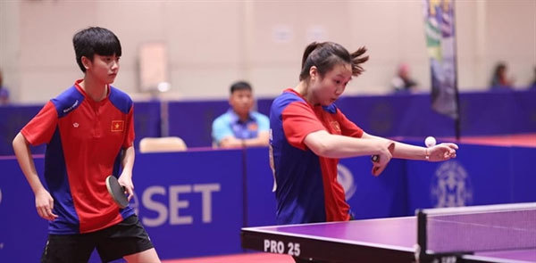 Young table tennis players take regional silver, bronzes