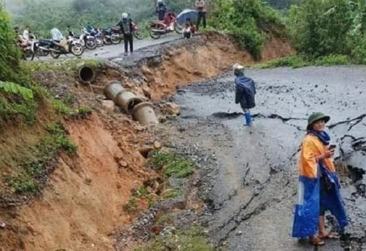 mưa lớn,mưa ngập,lũ lụt,sạt lở,lở đất