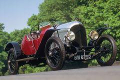 Chiếc Bentley còn 'sống sót' sau 100 năm ra mắt