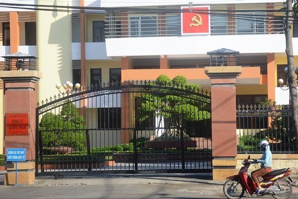Hàng loạt cán bộ Quảng Ngãi bỗng mất công chức, Sở Nội vụ 'phân trần'