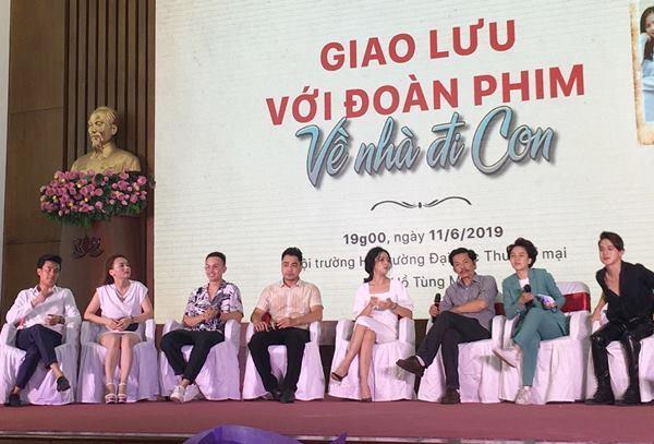 Tuấn Tú tiết lộ Vũ còn 'gái gú' nhiều cho tới cuối phim 'Về nhà đi con'
