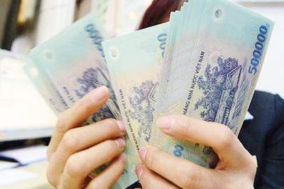 Tiền lương và nhiều khoản thu nhập công chức, viên chức tăng lên