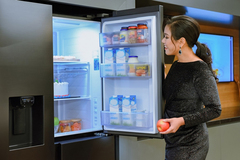 Mở tiệc tại gia cùng tủ lạnh Side By Side RS5000