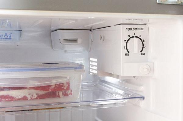 Cách chỉnh tủ lạnh để không còn hoa mắt với hóa đơn tiền điện