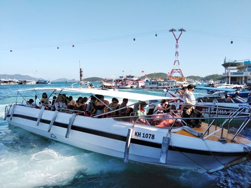 Khanh Hoa and Binh Thuan warn over low-cost water tours