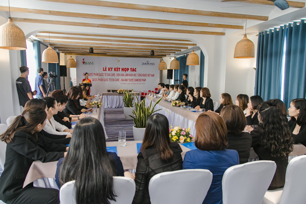 Eva Care ký thỏa thuận hợp tác cùng Viện Hàn lâm KH&CN Việt Nam