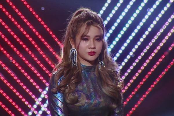 Scandal bên lề bủa vây thí sinh Giọng hát Việt 2019